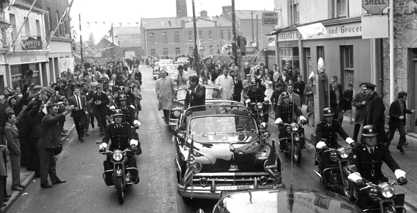 JFK waving to the people of Galway from his open-topped car. (NLI, Independent Newspapers Collection)