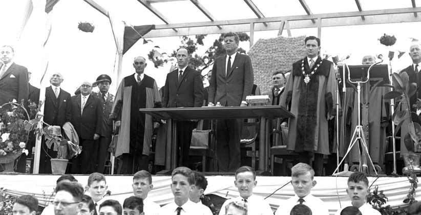 The podium in Eyre Square, where JFK was honoured with the Freedom of the City of Galway. (NLI, Independent Newspapers Collection)